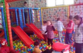 23 Nisan Ulusal Egemenlik ve Çocuk Bayramı nedeniyle Çocuklarımızı Sevindirdik